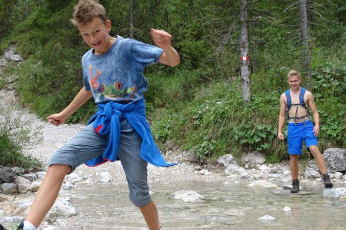 Tourismus-PR: Wandern in den Alpen